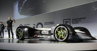 """Състезанията Roborace с """"умни"""" коли ще спомогнат за приемането на роботите"""