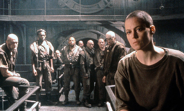 Alien 3 - Sigourney Weaver and part of the cast