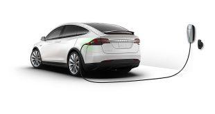 Tesla вече произвежда почти толкова SUV автомобили, колкото седани