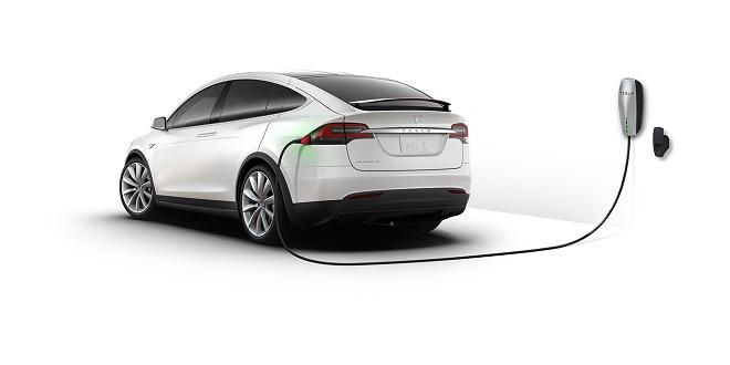 Model X SUV. Снимка: Tesla.