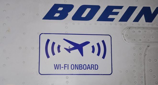Картинка на Boeing с Wifi възможност