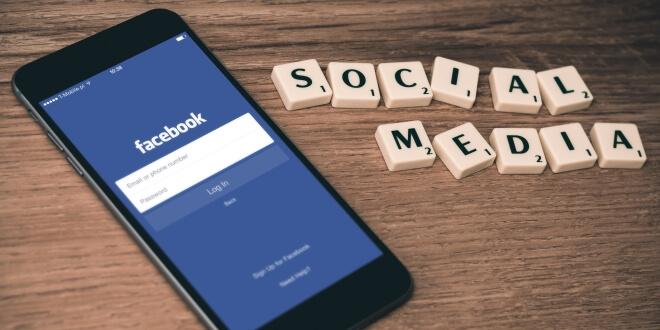 Фейсбук пристрастяване