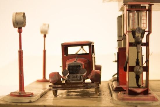Електрическата кола може да превърне бензиностанциите в далечен спомен