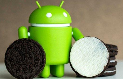 Android 8.1 - Зелено андроид човече до бисквитка Орео