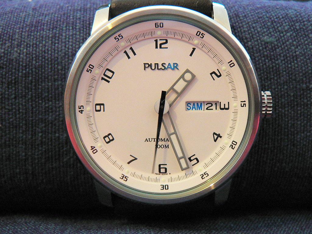 Първият електронен ръчен часовник