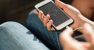 ЕС обмисля да въведе стандартни зарядни устройства за телефоните