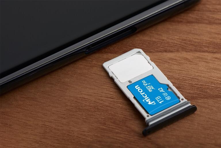 MicroSD карти с капацитет 1 TB