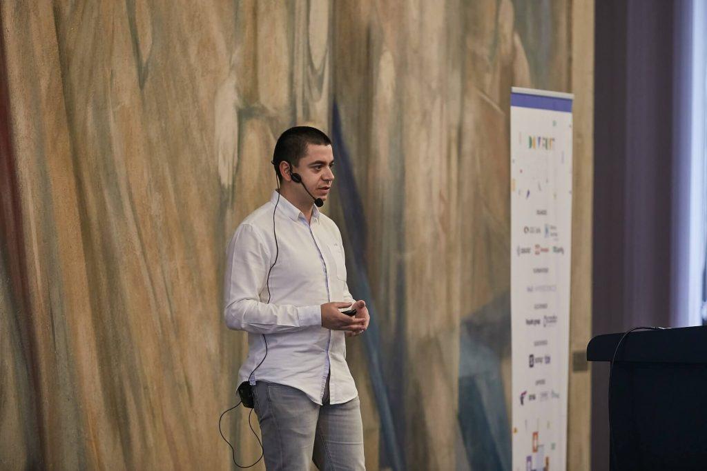 Önder Ceylan - Mobile platform guidelines with PWA