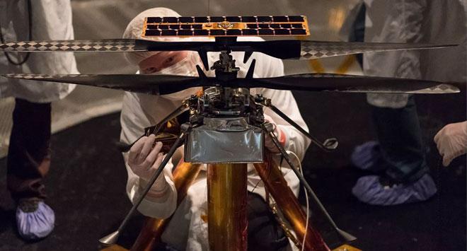 Хеликоптерът Ingenuity на борда на Марсохода Perseverance