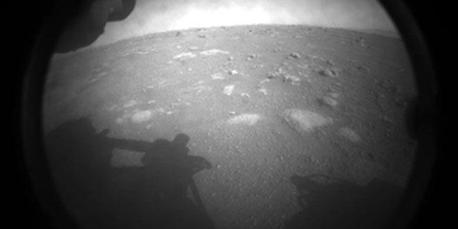Марсоходът Perseverance кацна успешно на Марс Заглавно изображение