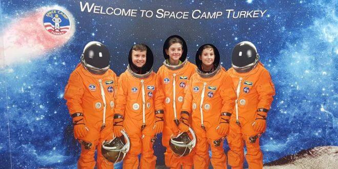Space Camp Turkey основна снимка